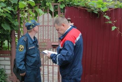 (19.06.2018) Энергетики и представители ГУ МЧС России по Смоленской области провели совместный рейд по частным домам потребителей