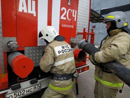 (02.10.2018)На втором этапе командно-штабного учения в Смоленске отрабатываются мероприятия, связанные с ликвидацией последствий аварии на коммунальных системах