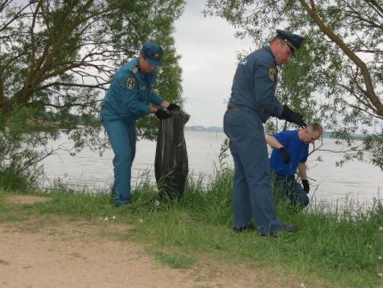 (24.05.19) Акция «Чистый берег» на берегу озера ТЭЦ-2