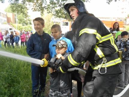 В Десногорске провели акцию «МЧС России - за безопасное детство» (02.06.2017)
