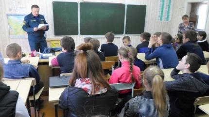 Всероссийские уроки ОБЖ в Починковском районе (11.05.2017)