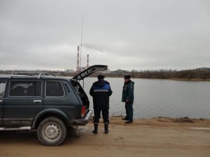 Инспекторы ГИМС проводят профилактику вблизи водоемов (24.03.2017)