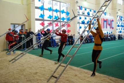 Сборная команда Смоленской области вышла на старт Первенства по пожарно-прикладному спорту в закрытых помещениях (14.02.2017)