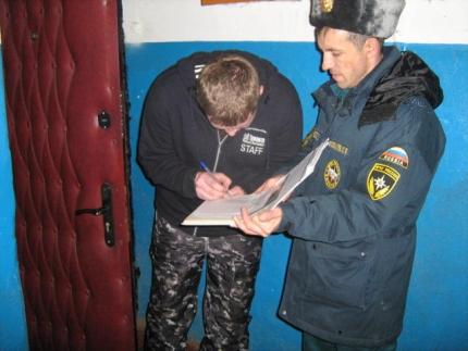 Сотрудники пожарного надзора Смоленской области провели очередной противопожарный рейд