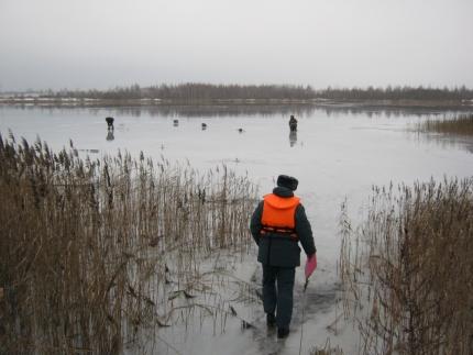 Будьте осторожны на льду водоемов (27.02.2017)