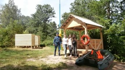 Смоленские пожарные и спасатели осуществляют дежурство на слете юных краеведов-туристов