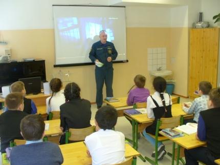 «Уроки мужества» в школах Ельнинского района Смоленской области