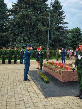 (24.06.19) Личный состав местных пожарно-спасательных гарнизонов региона почтил память павших воинов