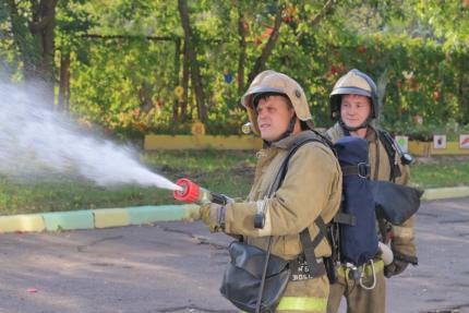 (14.09.19) В одном из детских садов города Смоленска прошли пожарно-тактические занятия