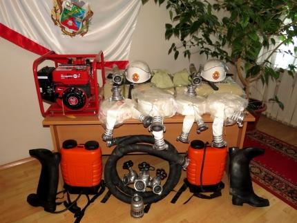 Федеральная поддержка смоленским пожарным добровольцам (18.04.2017)