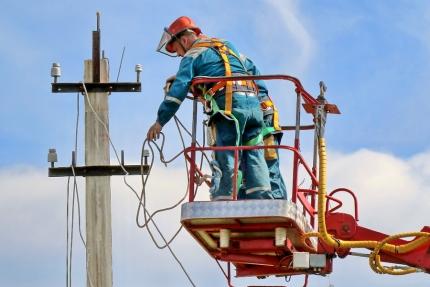 Работы по восстановлению электроснабжения продолжаются (22.04.2018)