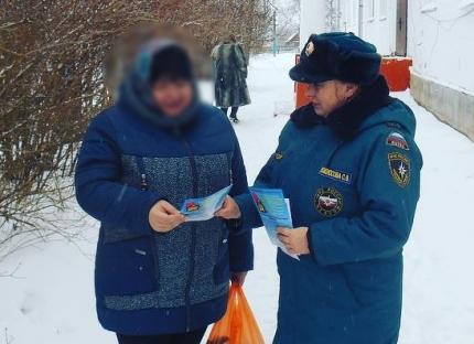 Активная работа по разъяснению правил пожарной безопасности в зимний период