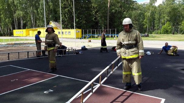 В Смоленске провели смотр-конкурс «Лучший по профессии» среди сотрудников Федеральной противопожарной службы