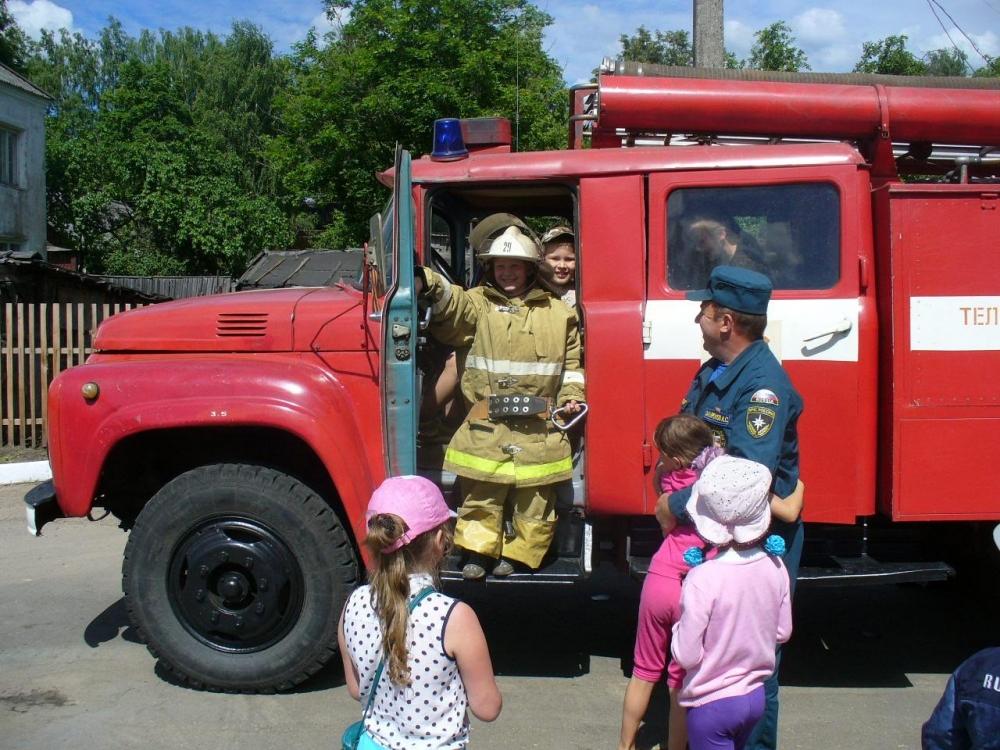 Оказаться за рулем пожарного автомобиля – мечта или реальность?