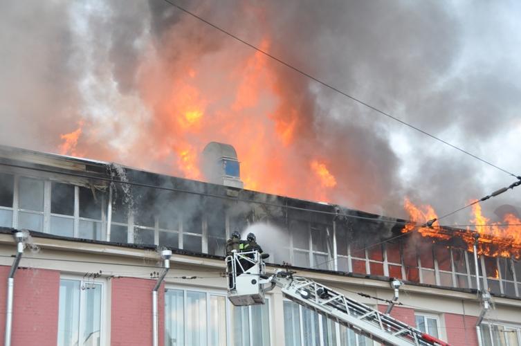 Указом Президента Российской Федерации от 20 сентября 2010 года      № 1138 спасатели 202 пожарно-спасательного отряда Государственного учреждения «Пожарно-спасательный центр»