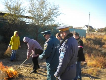 На территории Астраханской области продлён особый противопожарный режим