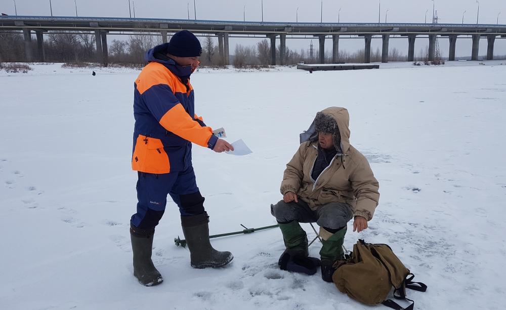 ГИМС напоминает: соблюдайте правила безопасного поведения на зимних водоёмах