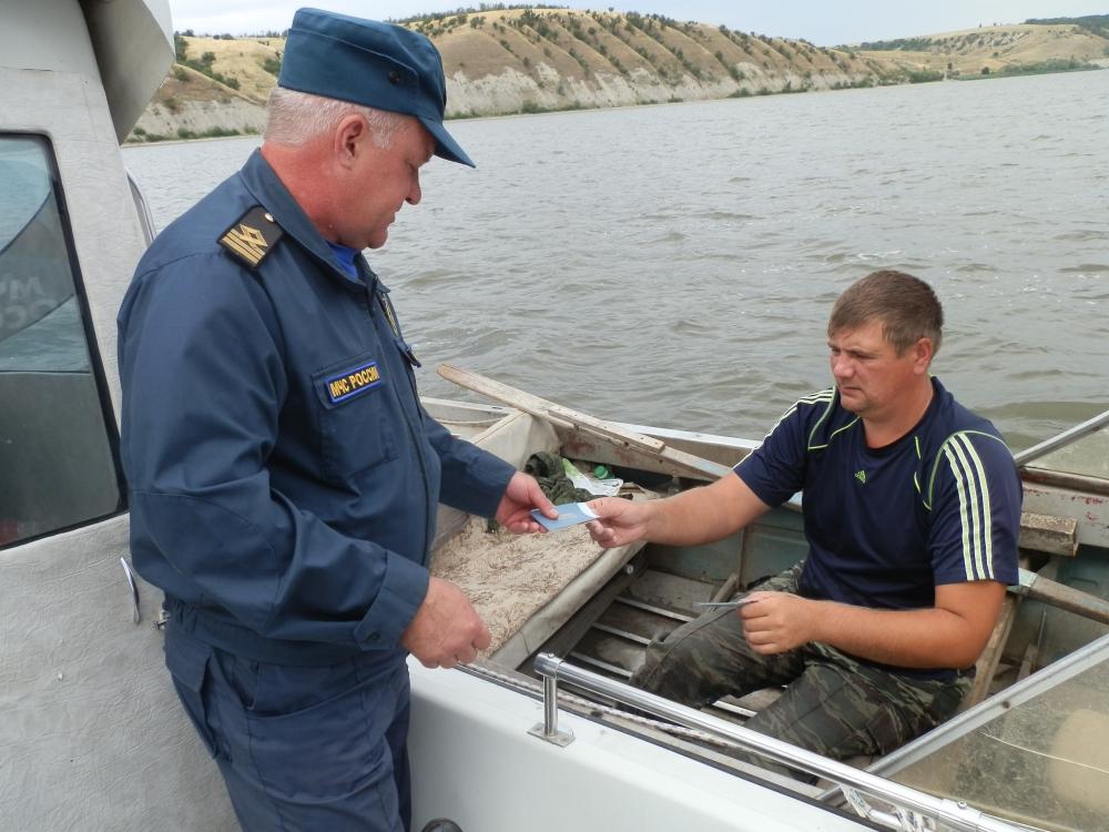 В сезон активного отдыха у водоёмов ГИМС осуществляет постоянный контроль за безопасностью людей