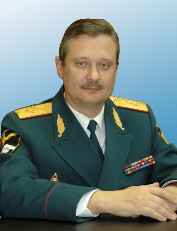 Ветеран МЧС России Александр Казликин отмечает свой день рождения