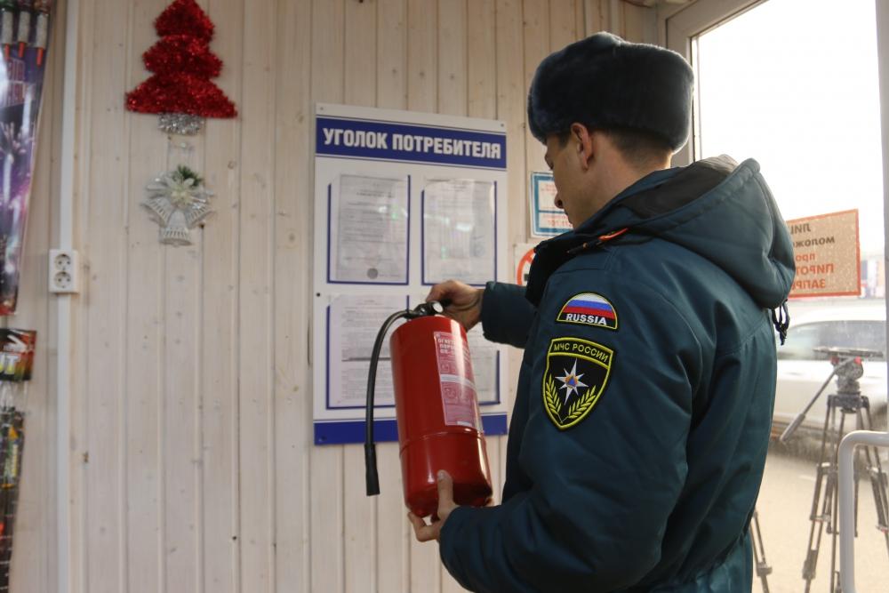 Рейды по факту нарушений требований противопожарной безопасности в местах реализации пиротехнических изделий