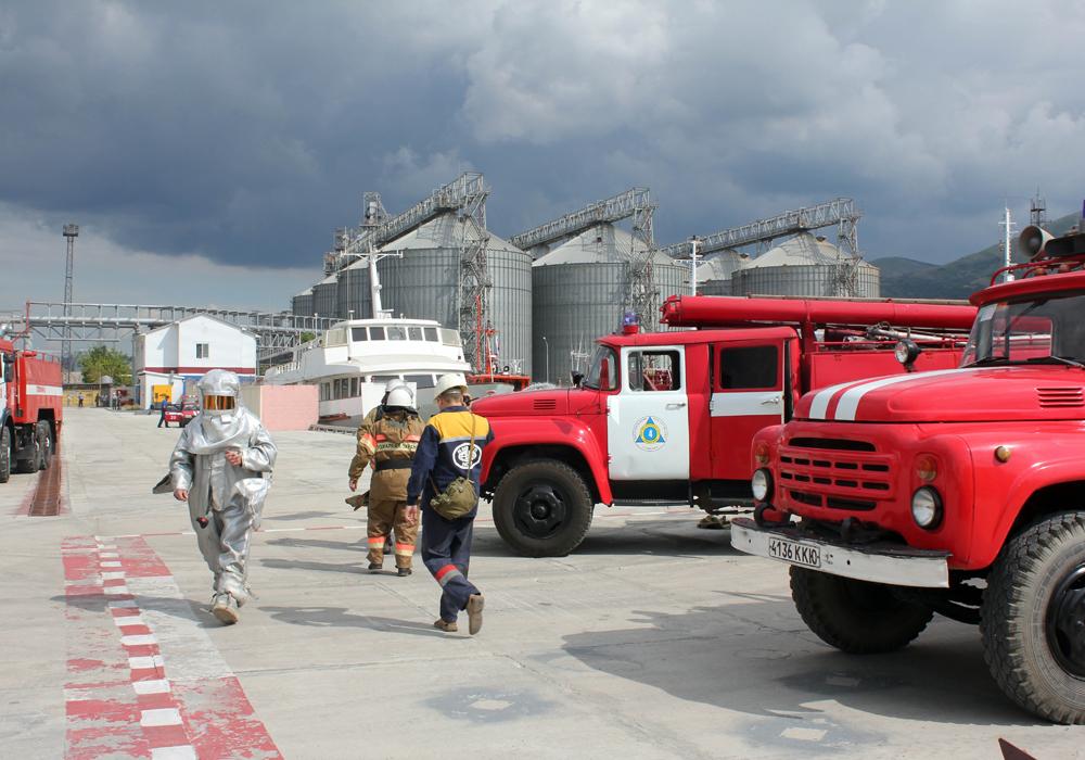 Пожарно-тактические учения в порту