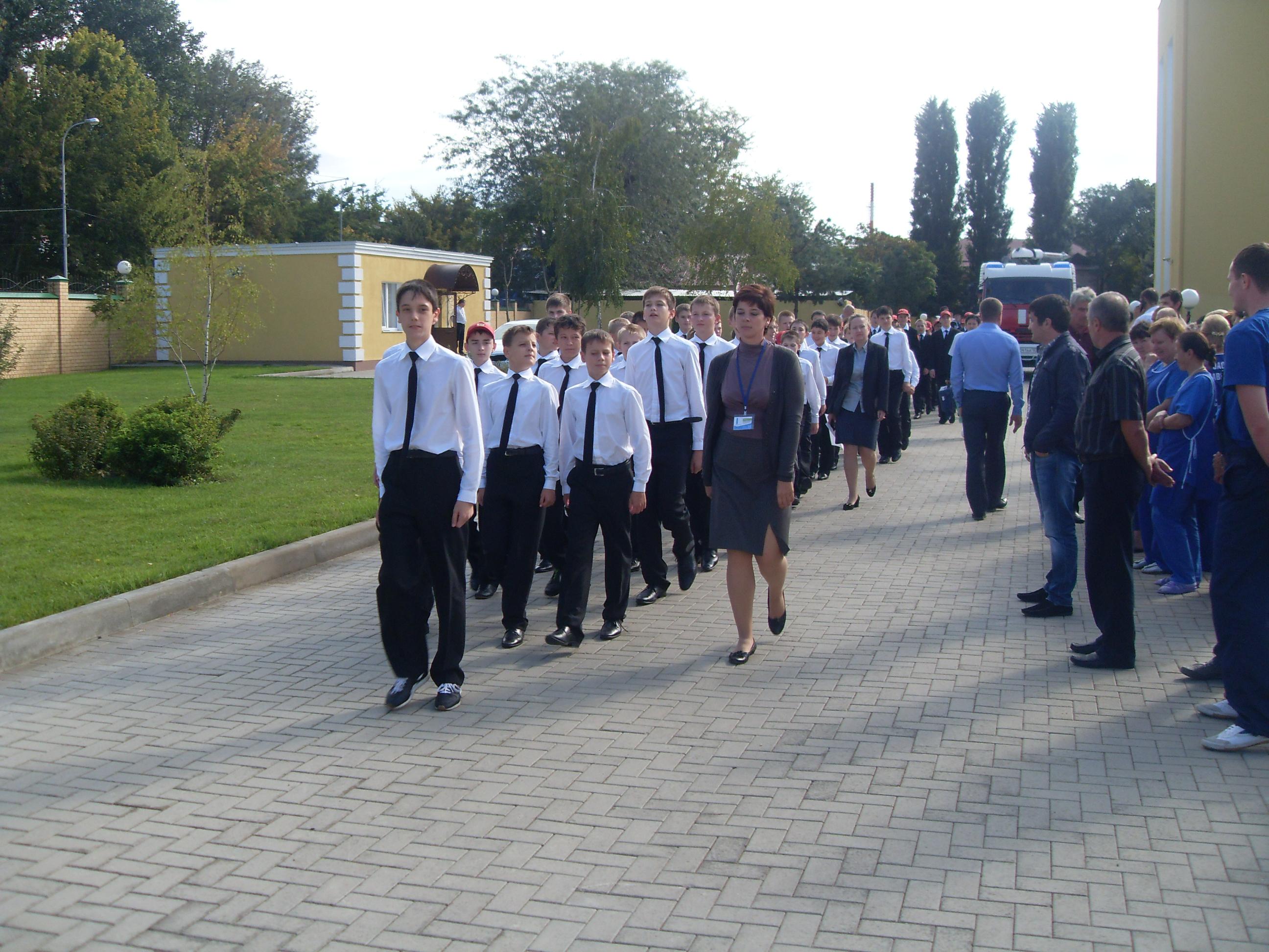 В кадетском училище провели учебную эвакуацию