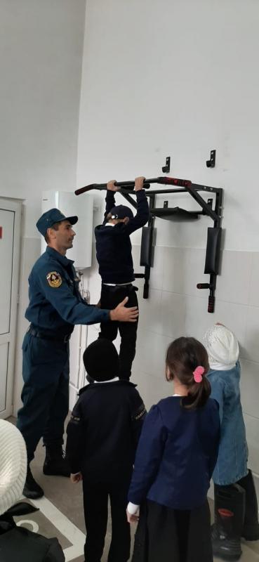 Двери пожарной части всегда открыты для детей