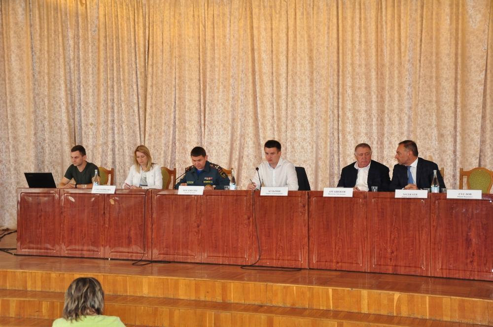 Пресс-релиз проведения публичного обсуждения (фото)