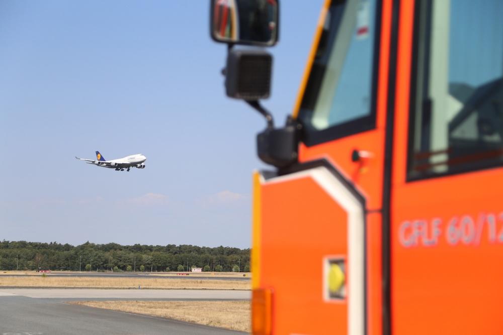 Дневник международного слёта: О чудо-технике крупнейшего аэропорта и подготовке немецких  огнеборцев