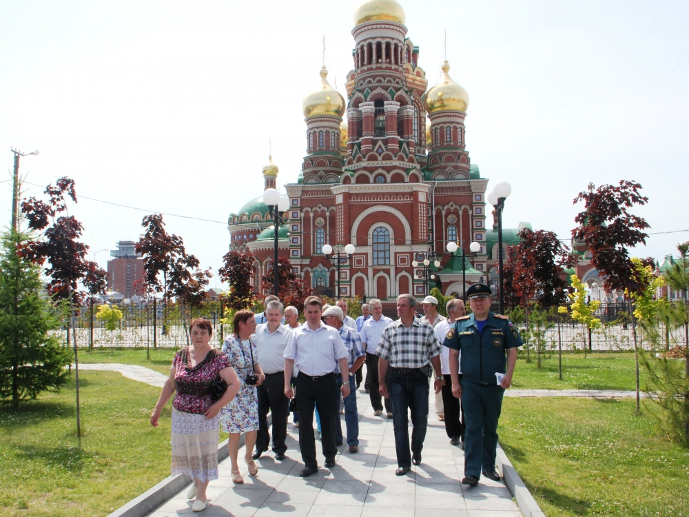 Ветераны трех республик побывали с экскурсией в городе Йошкар-Оле