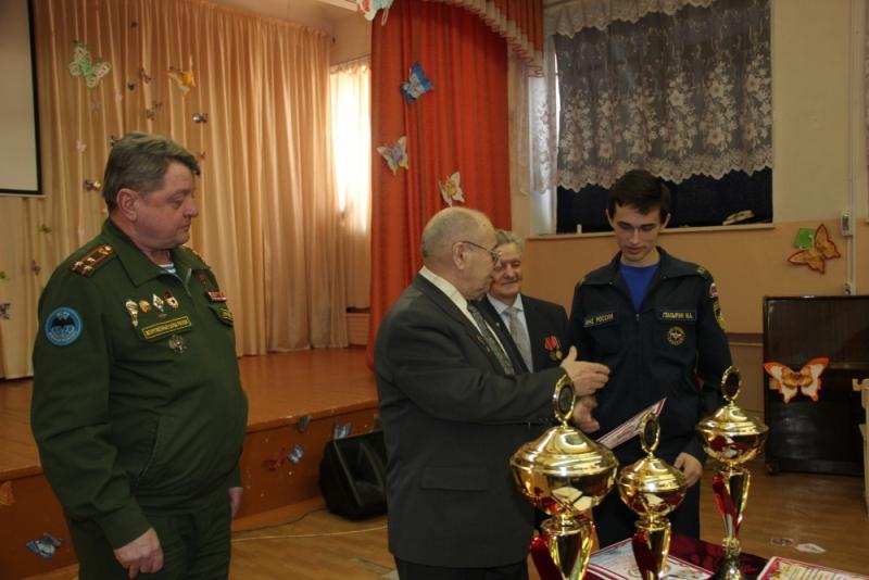 """Военно-патриотическая игра """"Ратник"""""""