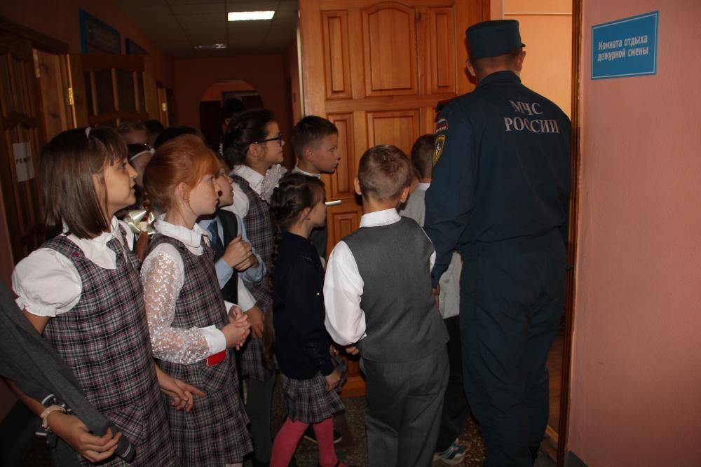 Экскурсия в специализированную пожарно-спасательную часть г. Йошкар-Олы