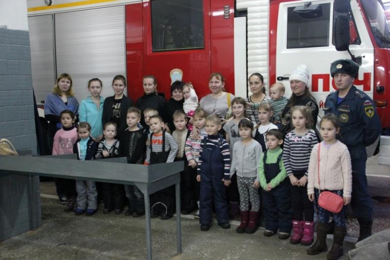 Младшая группа йошкар-олинского клуба «Академия талантов» в СПСЧ