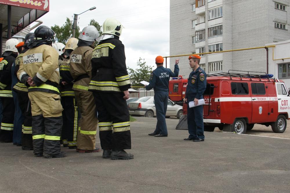 Пожарно-тактические учения на высотном здании в Йошкар-Оле