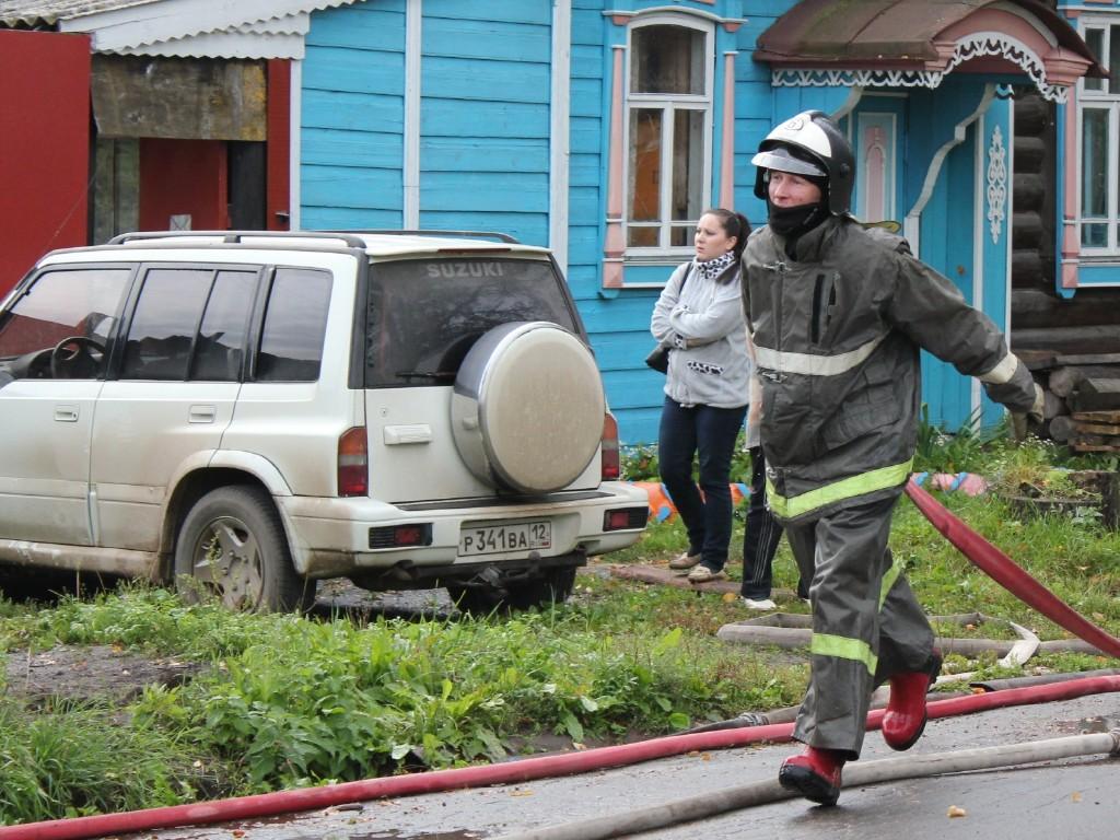 Пожар на улице Набережной в Йошкар-Оле