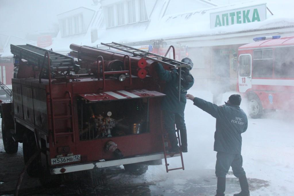 Пожар в складских помещениях в Йошкар-Оле