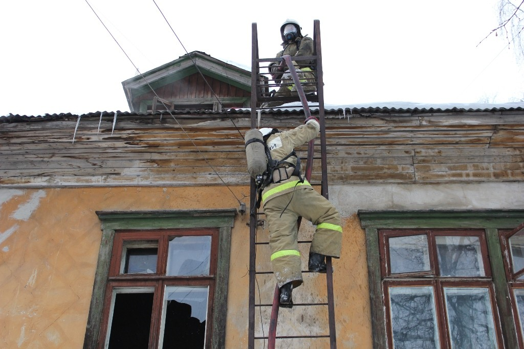 Пожар в Йошкар-Оле (ул. Свердлова, 38)