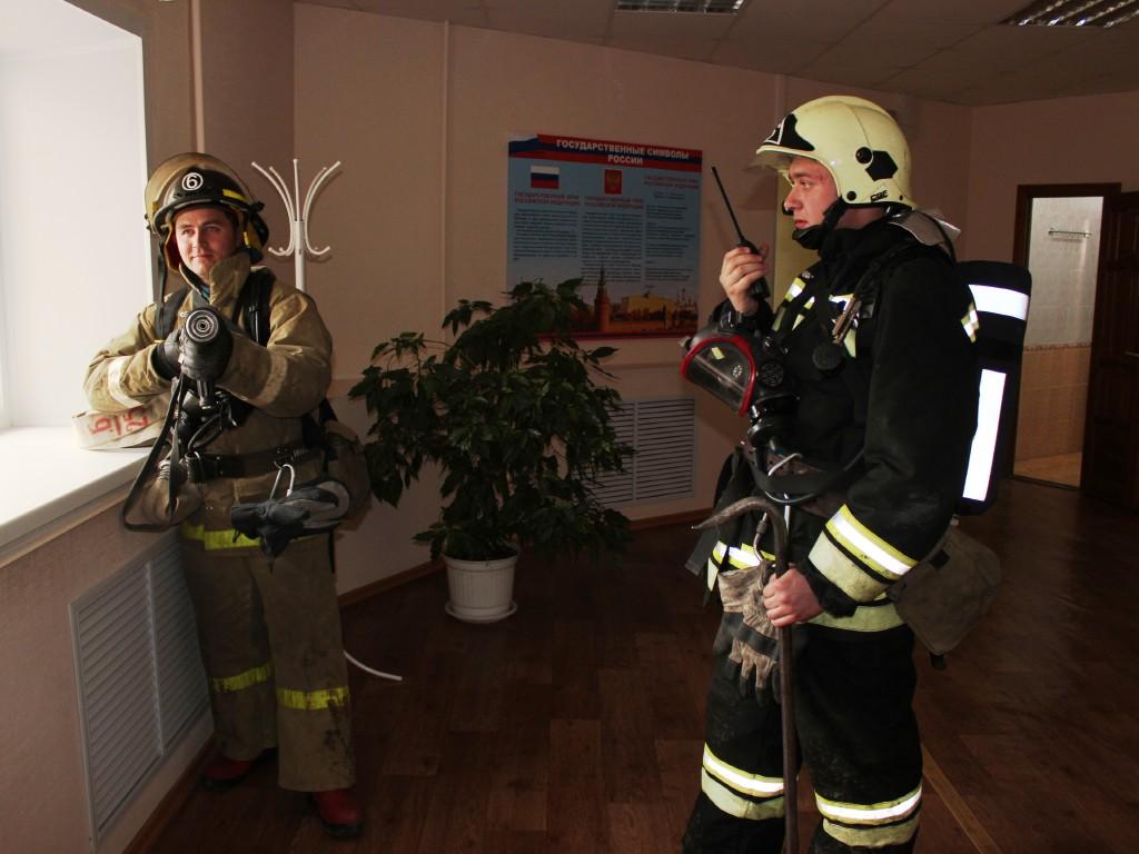 Пожарно-тактическое учение на здании Главного управления