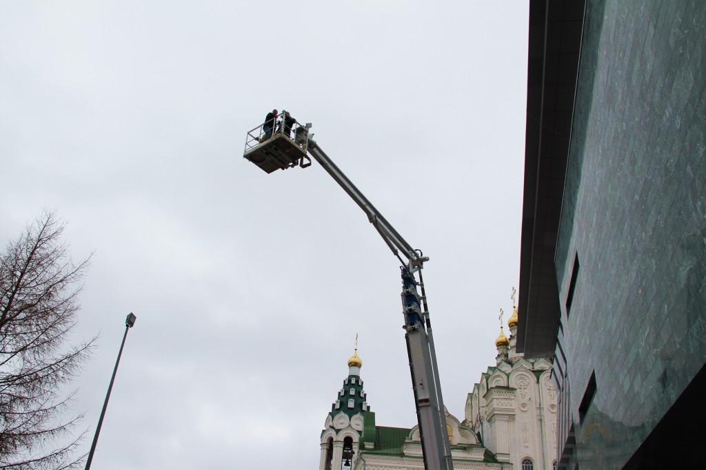 Пожарно-тактическое учение на здании Академического русского театра драмы имени Георгия Константинова