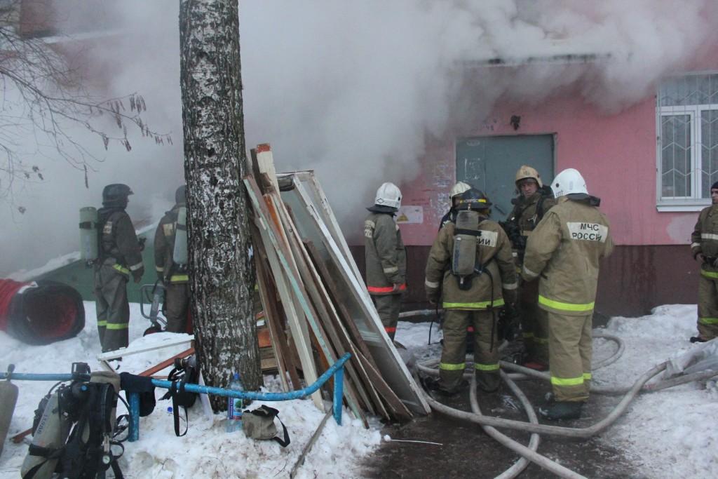 Пожар в подвале дома на ул.Гагарина в Йошкар-Оле