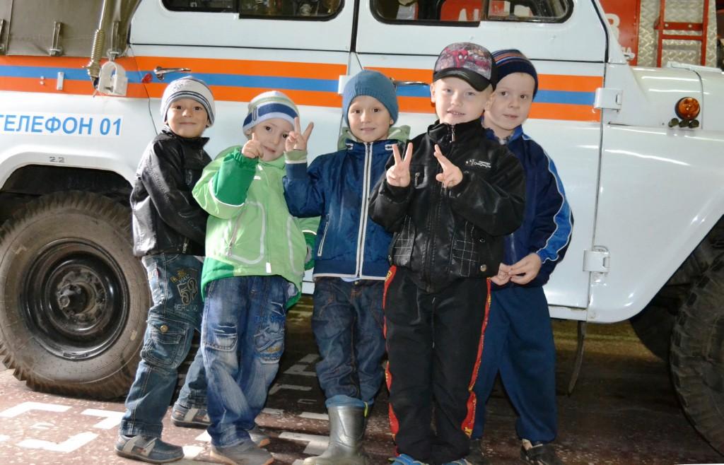 """Экскурсия воспитанников д/c 32 """"Калинка"""" в СЧ-13"""