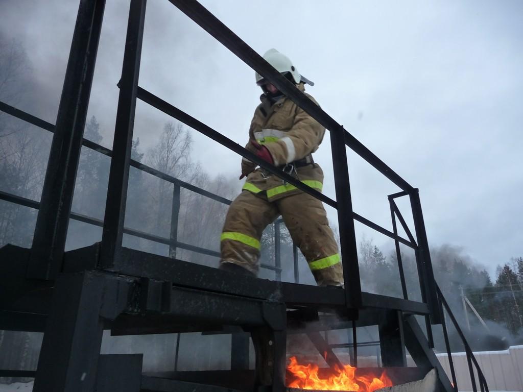 Занятие на огневой полосе психологической подготовки