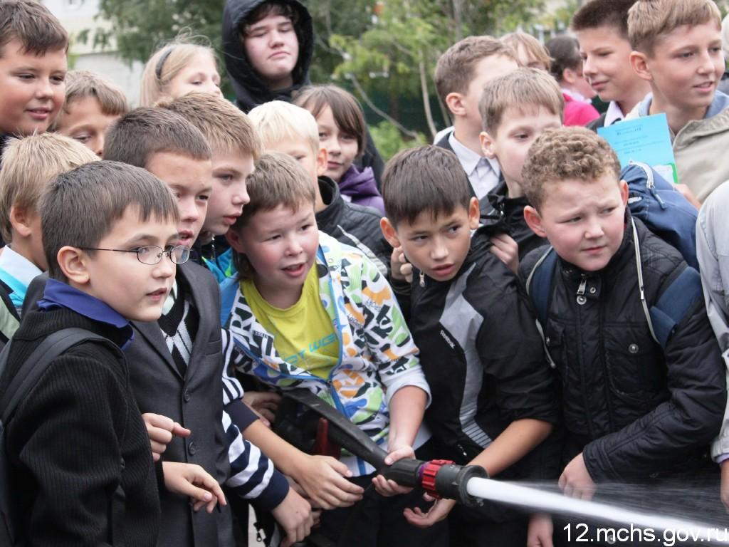 МЧС России. Мы первыми приходим на помощь!