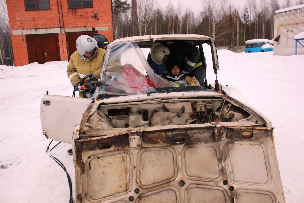 Соревнования «Лучшее подразделение ФПС по проведению аварийно-спасательных работ при ликвидации последствий ДТП в 2013 году».