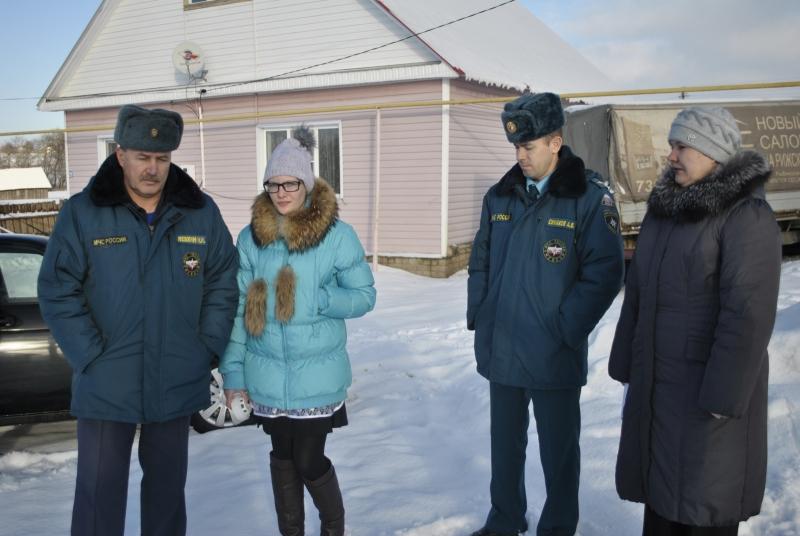 Старшеклассница из Краснослободского района Мордовии вывела из горящего дома четверых младших братьев и сестёр.