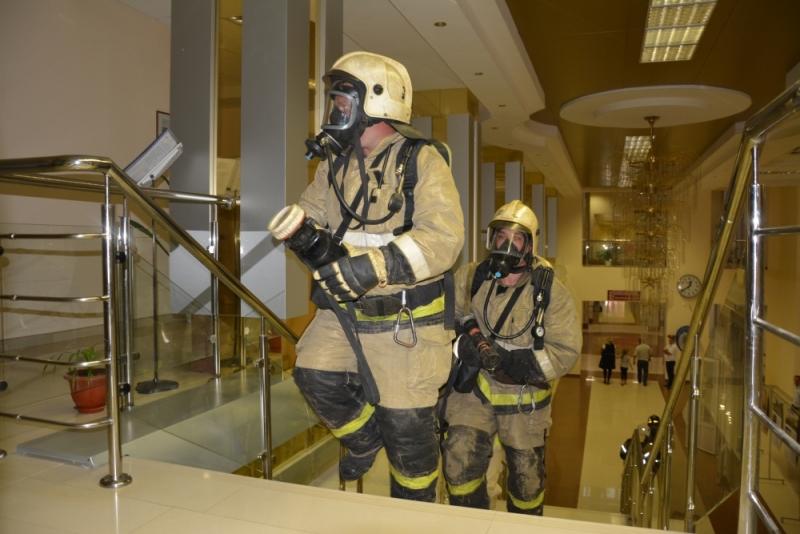 Учения пожарных МЧС и железной дороги