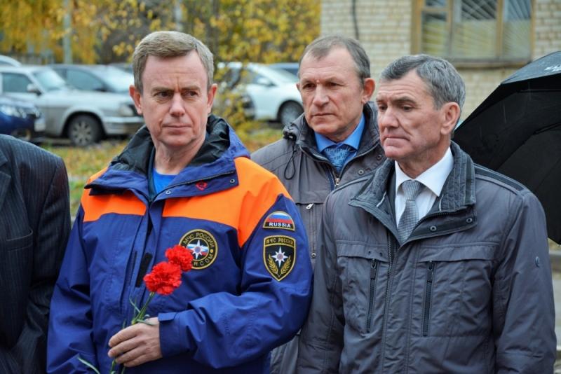 Вручены медали ветеранам пожарной охраны
