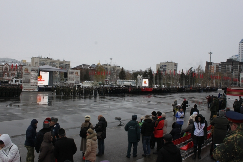 Кадеты МЧС на Параде памяти в Самаре