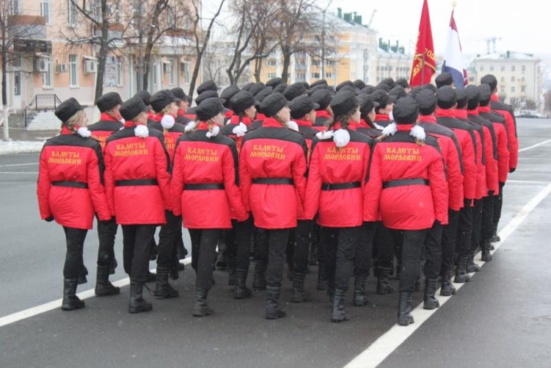 Кадеты МЧС готовятся к параду памяти