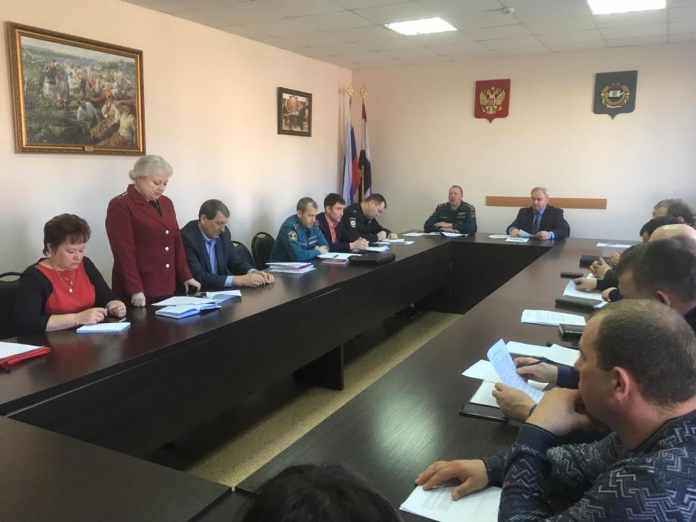 МЧС России проводит крупномасштабное командно-штабное учение